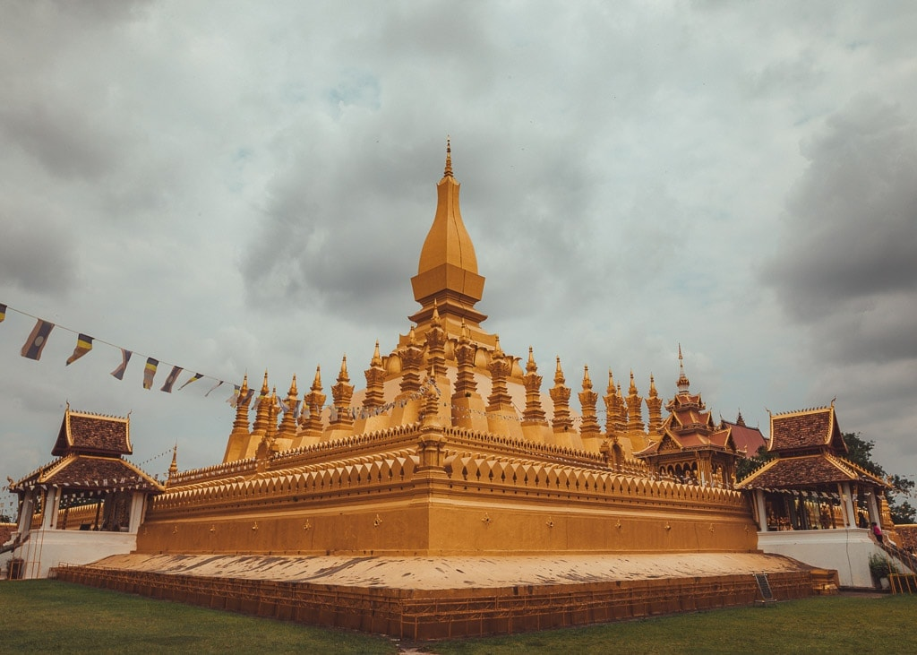 11 Best Things to Do in Vientiane + Where to Eat & Stay